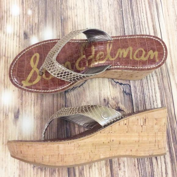 Sam Edelman Shoes - Sam Edelman Gold Metallic Romy Platform Flip Flops